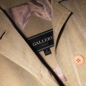 Gallery trench coat (beige)